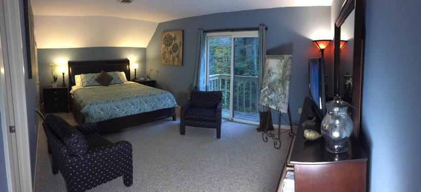 Level 3 King bed with full bath and balcony