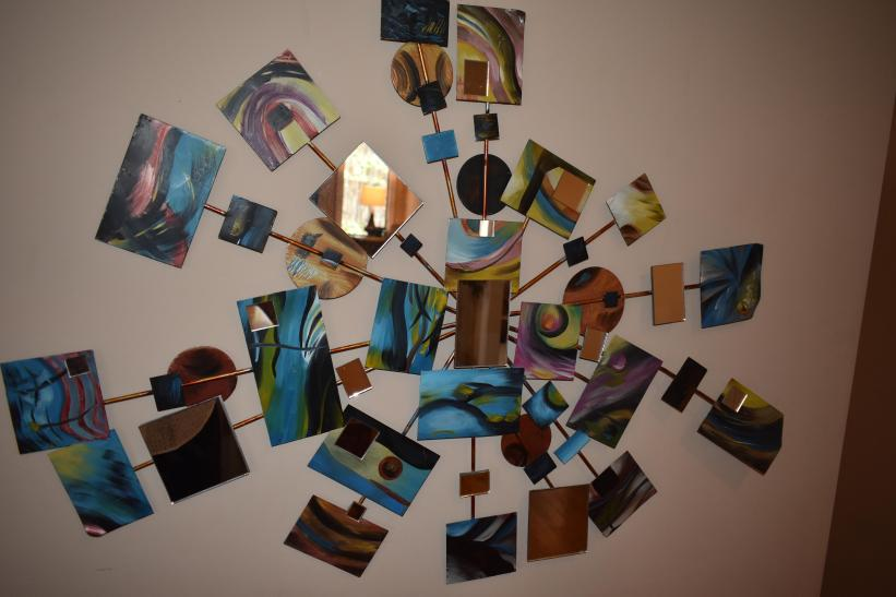 Mirrors and colors - Wall decoration