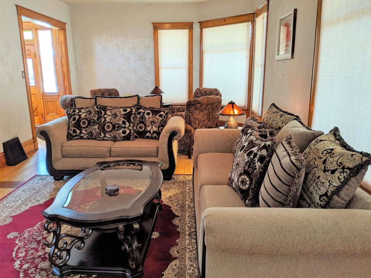 Large Living Room with Comfy Couches