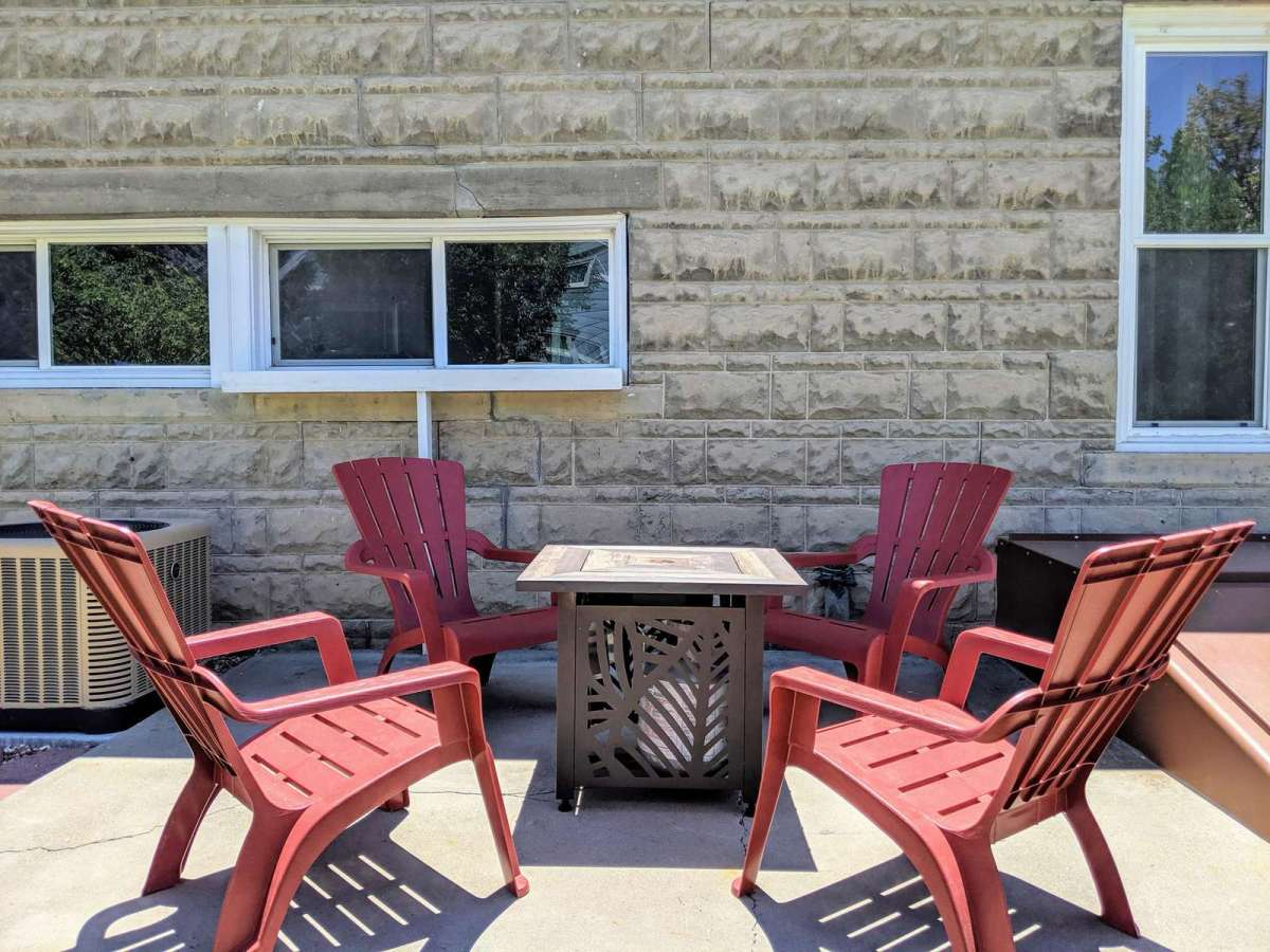 Enjoy the evening next to the propane fire pit