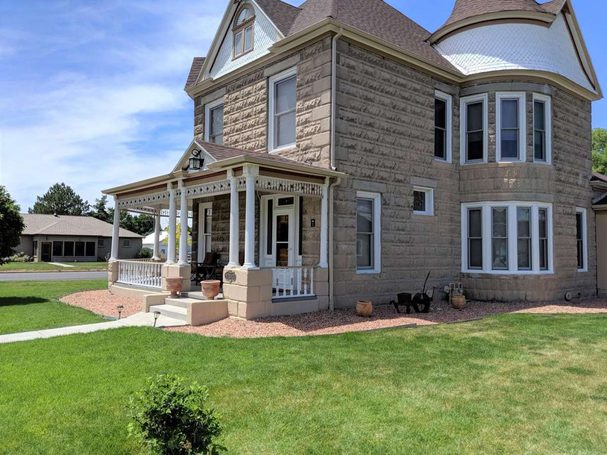 Gorgeous Victorian Home Located in Downtown Fruita