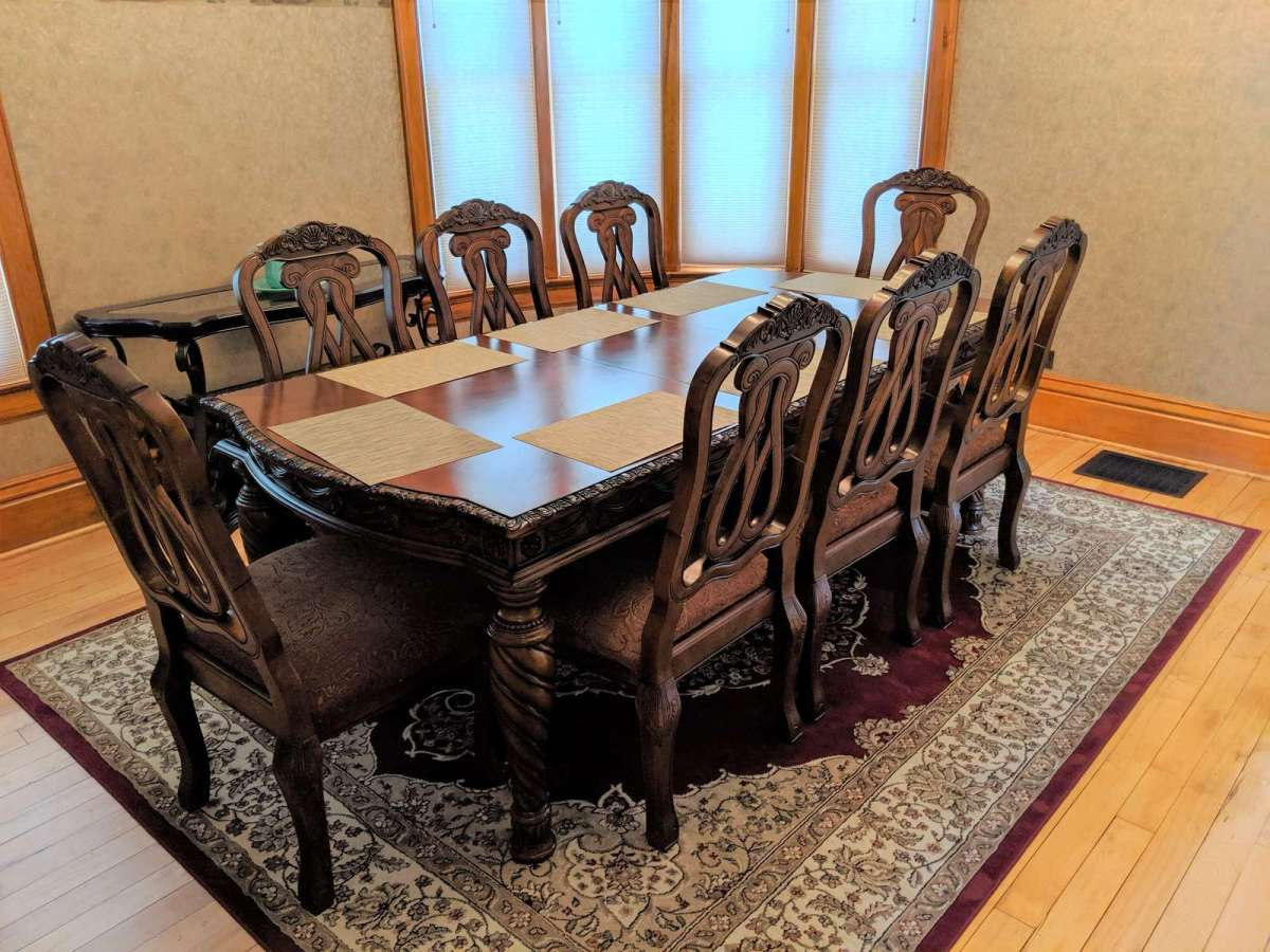 Formal Dining room offers seating for up to 8 people