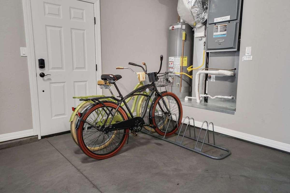 Hawk House II Bikes