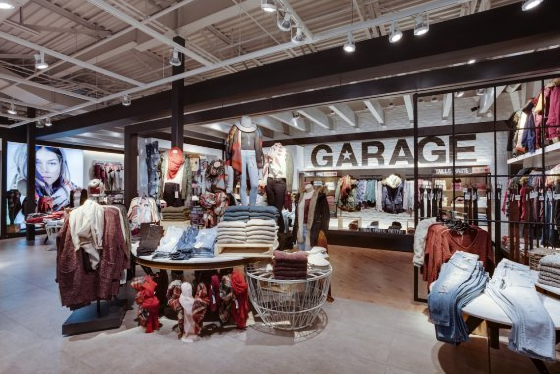 garage     Groupe Dynamite Garage is a comfortable and happy space to relax in with their friends  while discovering latest fashion trends
