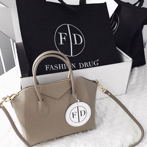 fashion drug givenchy style taupe bag only used once a few   Depop