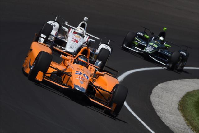 Alonso manejó con los Honda de Andretti y los Chevrolet de Penske (FOTO: Chris Owens/INDYCAR)