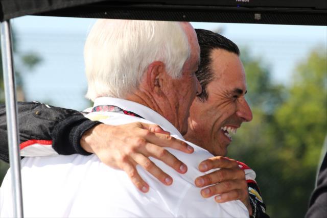 La relación Penske-Castroneves se remonta al año 2000 (FOTO: Bret Kelley/INDYCAR)
