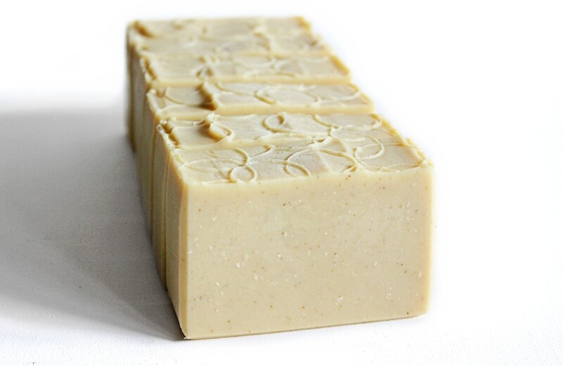 COCOANOAT unscented cocoa butter, coconut milk, oat soap
