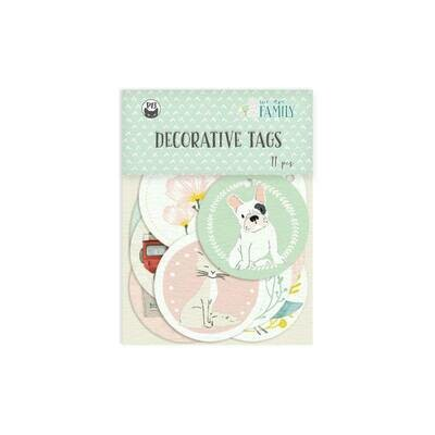 P13 We Are Family Decorative tags 01 11 pcs