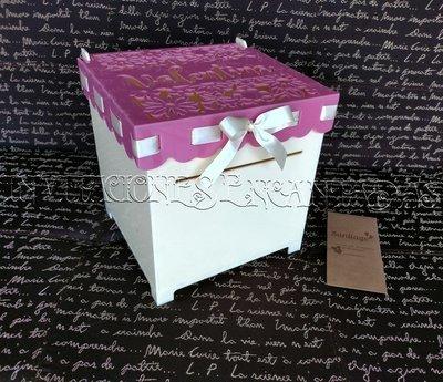 Caja de Dinero Acrilico + 50 Sobres de Dinero 20x20x20cms 04