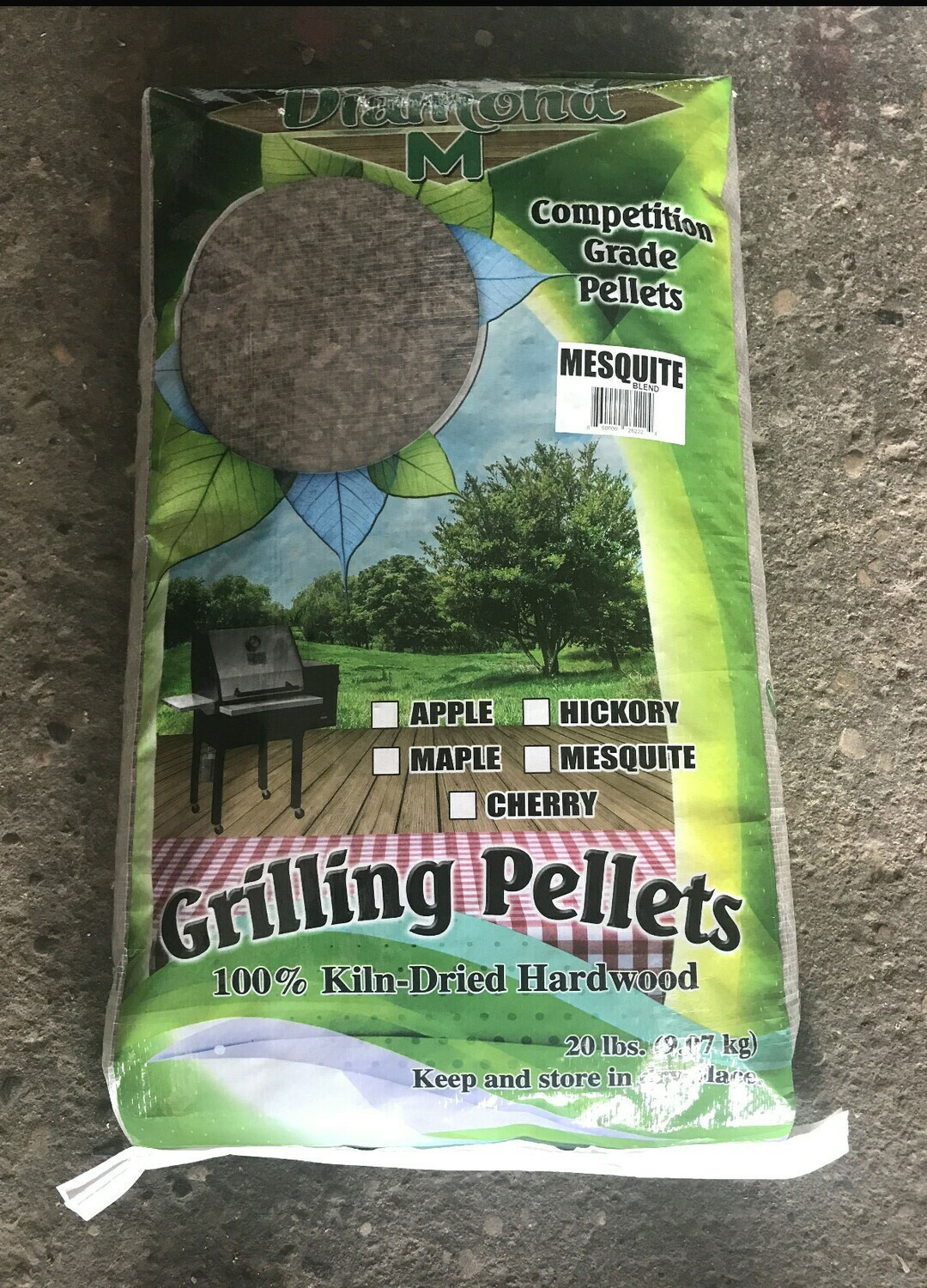 Diamond M Mesquite Blend Hardwood Grilling Pellets