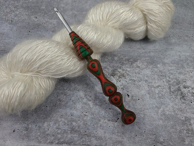 Christmas Red/Green H (5mm) Crochet Hook Ready to Ship