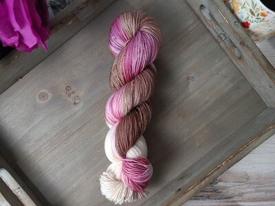 Neapolitan (Worsted) Hand Dyed Yarn