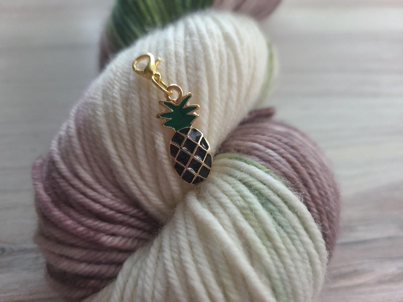 Black Pineapple Stitch Marker