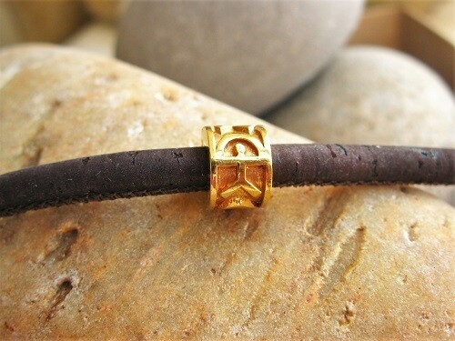 Gold-filled Indalo bead bracelet ~ classic on cork-cord