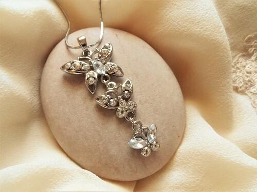 Butterfly necklace ~ rhinestone trio