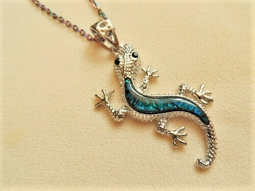 Lucky Gecko necklace with abalone shell - silver-plated, for guardianship