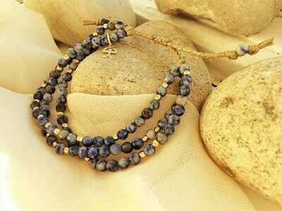 Sodalite bracelet with gold-filled Indalo