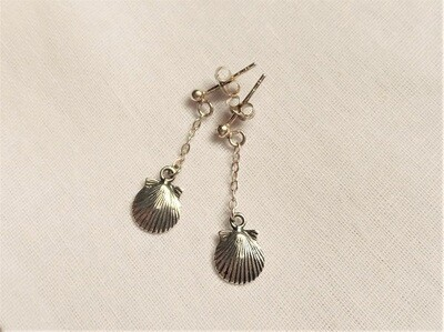 Santiago scallop shell earrings ~ for encouragement and hope