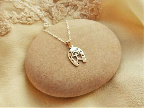 Indalo necklace ~ horseshoe, silver