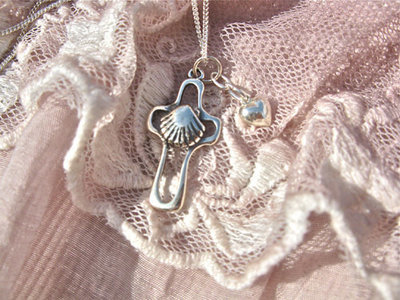 Cross with scallop shell + heart ~ silver