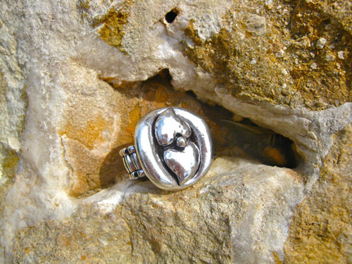 Chunky double-heart ring