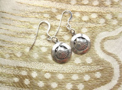 Camino earrings - scallop shell in ring ~ silver