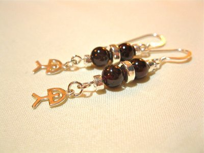 Indalo earrings ~ garnet + silver
