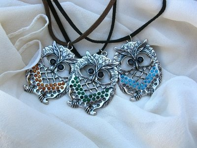 Owl necklace ~ twinkly