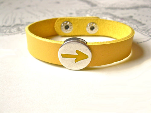 Camino de Santiago Arrow symbol bracelet ~ to say Have Faith