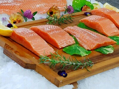 Wild Chinook Salmon (10 portions)