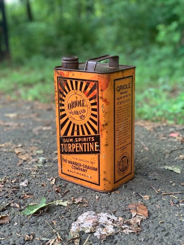 Vintage Can, Rusty Can, Petroliana