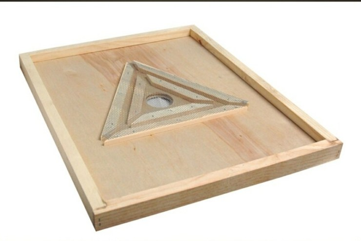 Triangle Escape Board