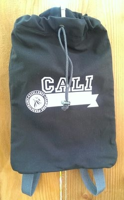 Athletic Cloth Cinch Bag / Bolsa de deporte negra
