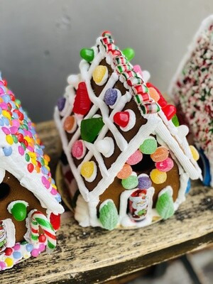 Gingerbread House - fully decorated