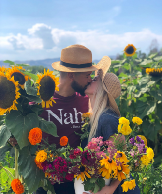 DATE NIGHT on the farm (Thurs., Sept. 3rd 6pm-8pm)Ticket for 2