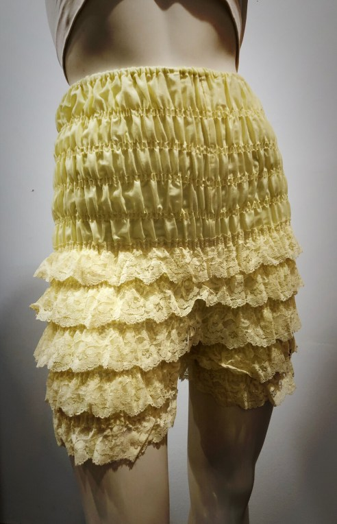 Vintage Ruffled Bloomers by Ruthad