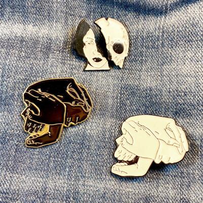 Skulls Pin Set