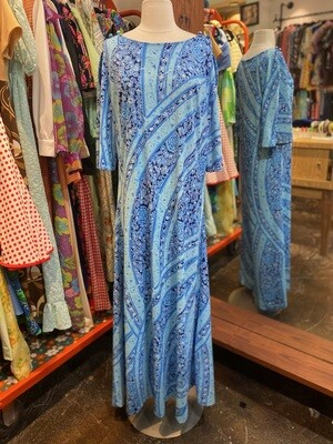 Vintage Hawaiian Maxi Dress with Button Bell Sleeves