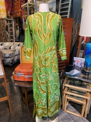 Vintage 1970's India Cotton Caftan in Bold Print