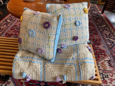 Vintage Handmade King Size Knit Blanket with 2 Matching Pillows