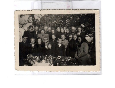 1930s Group Post-Mortem Burial Photo