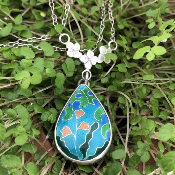 Botanical Gardens Silver and cloisonne enamel pendant with pink flowers