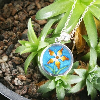 Hothouse Flower small silver pendant