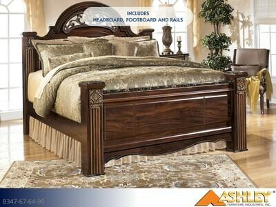 Gabriela Reddish Brown Bed with Headboard Footboard Rails by Ashley (Queen)