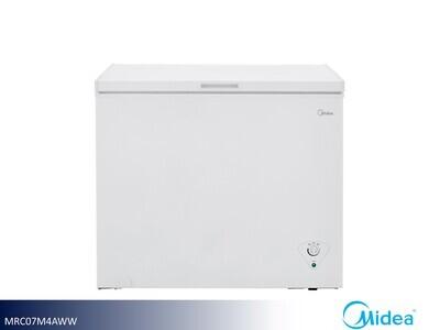 White 7 Cu Ft Chest Freezer by Midea (7 Cu Ft)
