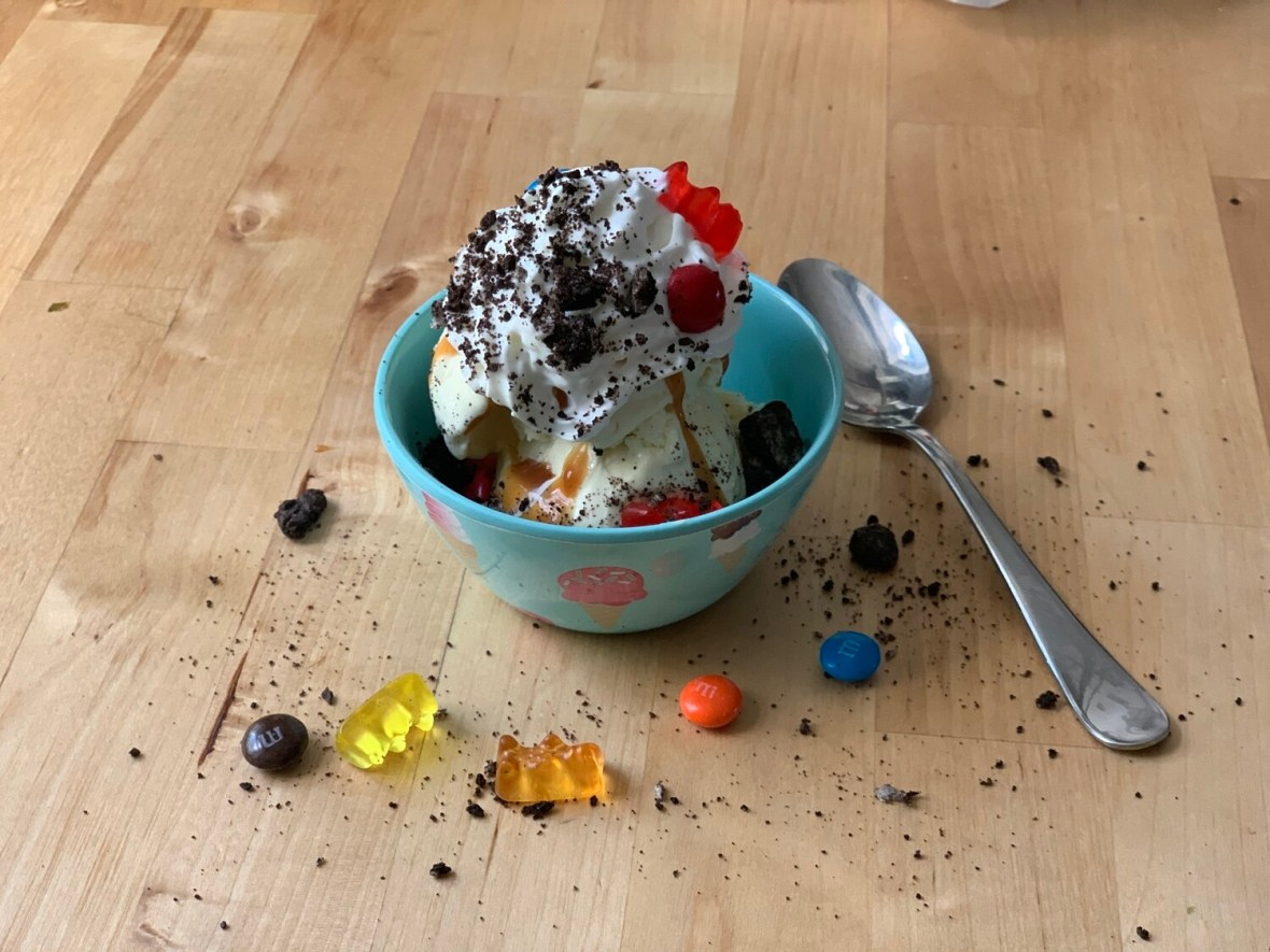 Ice Cream Sundae Party - Stayin' Home size