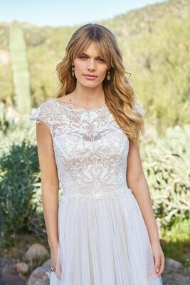 Lillian West wedding dress 6514 Size 14