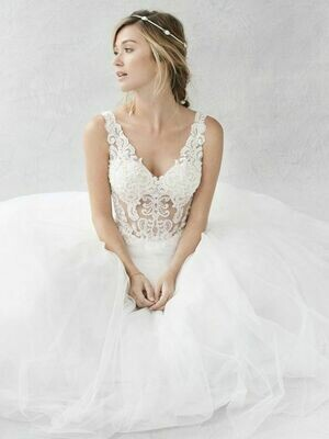 Kenneth Winston style BE363 size 14
