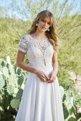 Lillian West wedding dress 6508 size 14